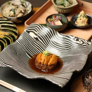 四季を贅沢に味わう――。色とりどりの一皿をコース料理として