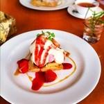 カフェ・セレーネ - 苺のティラミス
