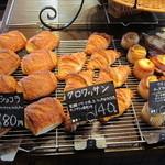 パン工房 麦童 - クロワッサン