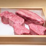 肉割烹 上 - 本日のお肉♡