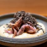 肉割烹 上 - すき焼き メレンゲ玉子 三田牛 東良さん37ヶ月 サーロイン フランス黒トリュフ