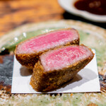 肉割烹 上 - カツレツ ヒレ 田村牛37ヶ月 地辛子、玉葱ソース
