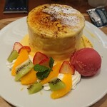 126865941 - フルーツパンケーキ