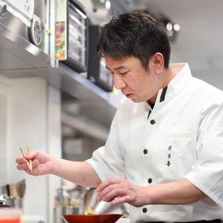 名割烹「祇園さヽ木」他、約30年の修行を積み重ねた料理長の技
