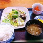 八千代 - ランチ 野菜炒め定食 500円