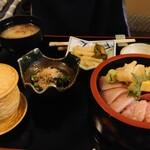 魯はん - 海鮮丼