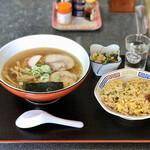食事処 わらべ - 料理写真:中華そばセット ¥700