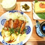 鳥と卵の専門店 鳥玉 - 料理写真:黄金タルタルのチキン南蛮定食