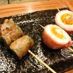 てびち屋本舗 - ベーコンエッグ串と菜の花豚巻き串