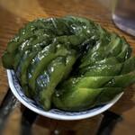 こば酒店 - 胡瓜のお漬物(これは200円程度かも)