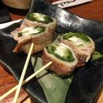 肴家あうん - 豚肉のレタス巻き
