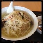 12694947 - 野菜タンメンと半チャーハン 580円