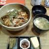 海鮮工房 なみ平 - 料理写真:穴子丼@880