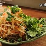 タイ屋台 SAGAT - ソムタム(青パパイヤのサラダ)