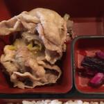 海華月 - 豚ねぎ塩焼きも美味い