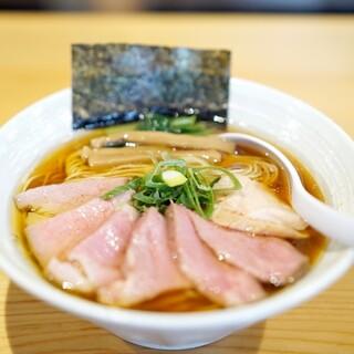 麺屋 さくら井 - 料理写真:醤油らぁ麺+チャーシューハーフ