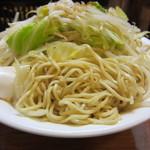 新川栄太郎 - なんといっても中細麺