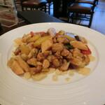南国酒家 - 鶏とカシューナッツ