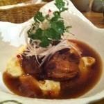 香食楽 - 豚の角煮とマッシュポテト ディナーは美容と健康にいいたくさんのアラカルトメニューがあります。