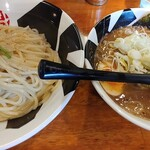 つけ麺 おんのじ - 節つけ麺(中盛450gあつもり・追いネギ)