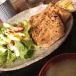 加藤商店 - 豚肉の炭火焼