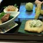 一期 - 料理写真:会席の八寸(蛍烏賊と菜の花の酢味噌掛け・アスパラの新挽揚げ他)