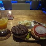 ジェムズ バーガー - チリバーガー、ホットオレンジ