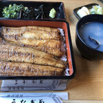 うなぎや - 白焼き重(3500円)ご飯を見せない鰻、幸せ(^∇^)