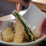 自然薯とろろ御膳 華花 - 天ぷら盛り合せ(桜御膳)