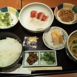 銀座 木屋 - まぐろ山かけ定食+納豆