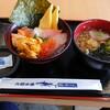 街のみなと食堂 - 料理写真:うに入り海鮮丼1,000円(税別)&ミニうどん130円(税別)