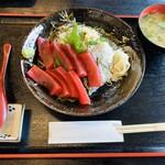 勇しげ - 三崎鮪赤身·釜揚げしらすの二色丼