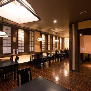 贅を尽くしたお料理と、和の趣あふれる上質な空間でおもてなし