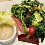 ファリナモーレ - 料理写真:前菜の 本日の地野菜とオリジナルバーニャソース