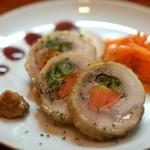クアトロ - 鶏肉の野菜巻き(ガランティーヌ)(400円)
