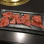 焼肉 千山閣 - 上カルビ(1500円)