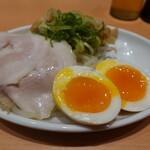 博多一幸舎 - おつまみ3種盛り(420円)
