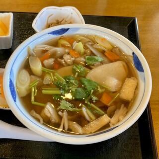 道の駅 紫波 レストラン果里ん亭 - 料理写真:南部ひっつみ定食