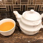 中華菜館 會賓楼 - ジャスミン茶