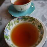 森のマミー - サービスのお茶