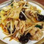 達磨 - 肉野菜炒め