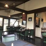 山の洋食屋 フレール - 内観