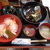 さかな館 - 料理写真:海鮮丼アラ定食¥1,050