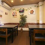 Darjeeling Spice - テーブル席