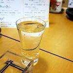 大衆酒場 スシビ  - 秀鳳しぼりたて生原酒(599円→サーヒスタイム399円)