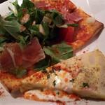 LOBOS - もちもちピザとオムレツ
