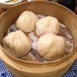 縁China - 黒豚ビーム小籠包