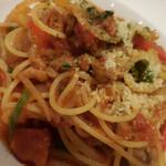 ビストロカフェ レディース&ジェントルメン - サルシッチャと彩り野菜のナポリタンスパゲッティーニ;アップ