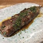 127086066 - 秋田屋(東京都港区浜松町)特製たたき(肉だんご)1本 220円