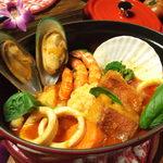 海峡 - 【BISTRO_ストゥブ料理】新鮮な魚介類のストゥブ料理
